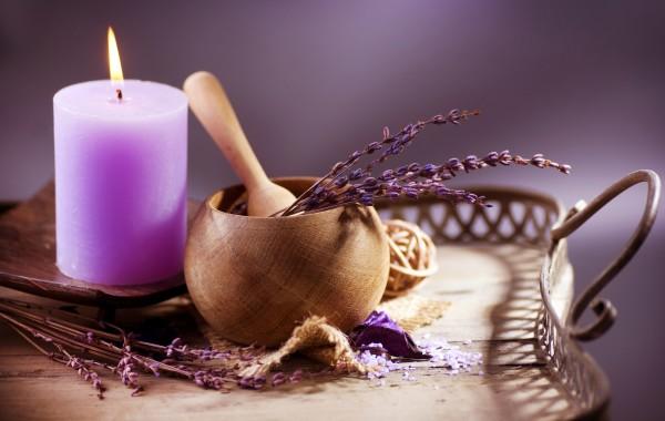 Kruidenstempel massage